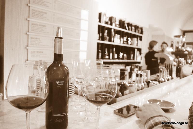Babească Neagră  Podgoria Sarica Niculitel Roots Cluj Wine and coffee