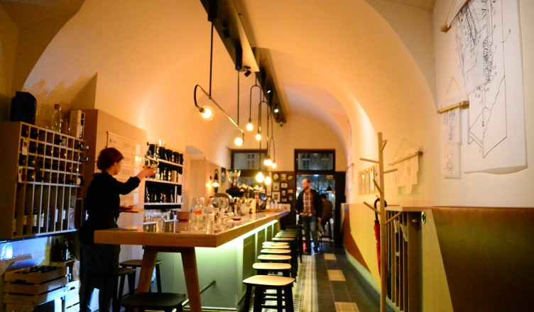 Roots Cluj Wine and coffee (27)